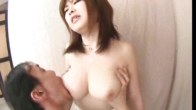 Casey porno entre japoneses Calvert y Remy LaCroix Lesbo Fun