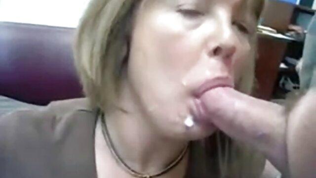 Sadie Pop follada porno tren japones por un gran hermanastro